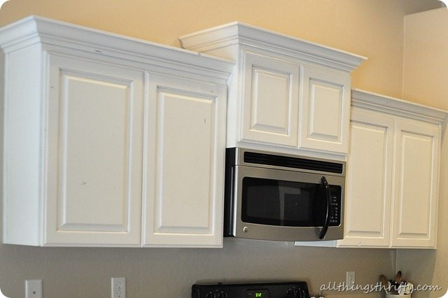 How to paint your kitchen cabinets professionally all for Kitchen cabinets jobs