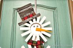 DIY Holiday Wreath {Sunburst Snowman}