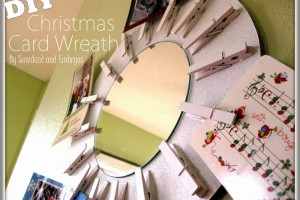 DIY Christmas Card Wreath (Starburst Mirror!) - Copy_thumb[1]
