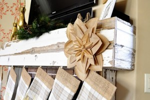 Holiday Mantle Decor_thumb[1]