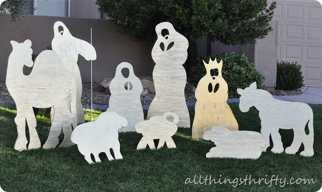 yard nativity set_thumb[7]