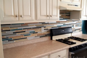 PAINT your backsplash to look like tile!! {Sawdust and Embryos}[4]