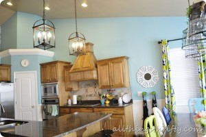 Blue-kitchen-sherwin-williams-raindrop[4]