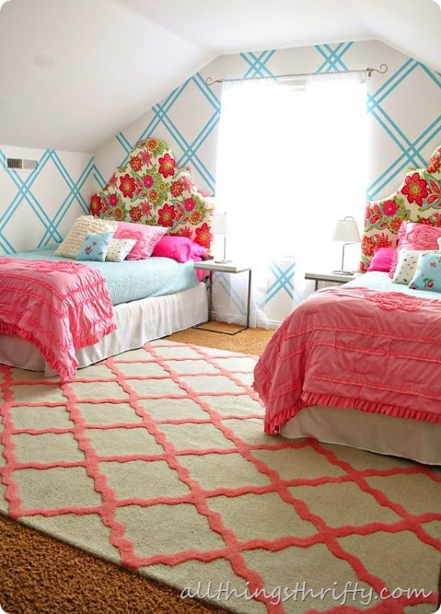 girls room with rug[3]
