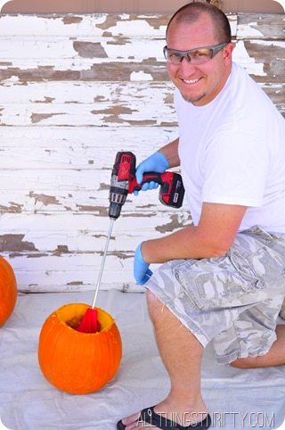 How-to-clean-out-a-pumpkin