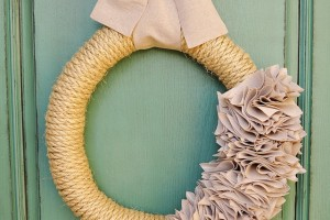 how-to-make-an-inexpensive-wreath.jpg