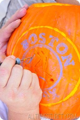 how-top-carve-and-shade-pumpkins (1)