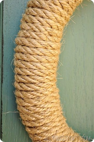 make-a-wreath-with-rope