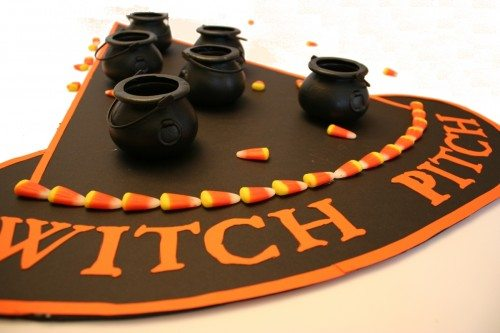 witch_pitch_halloween_game