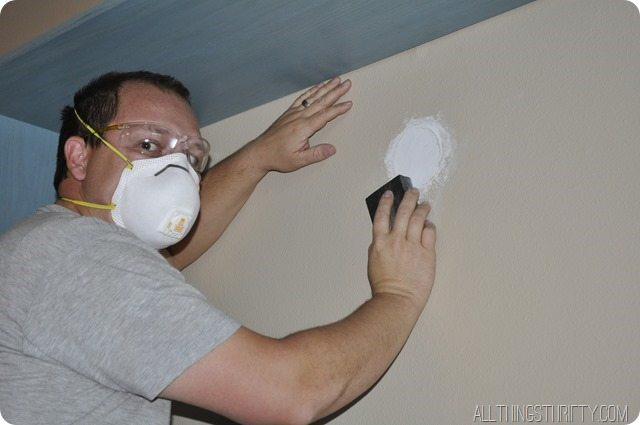 sanding-the-drywall