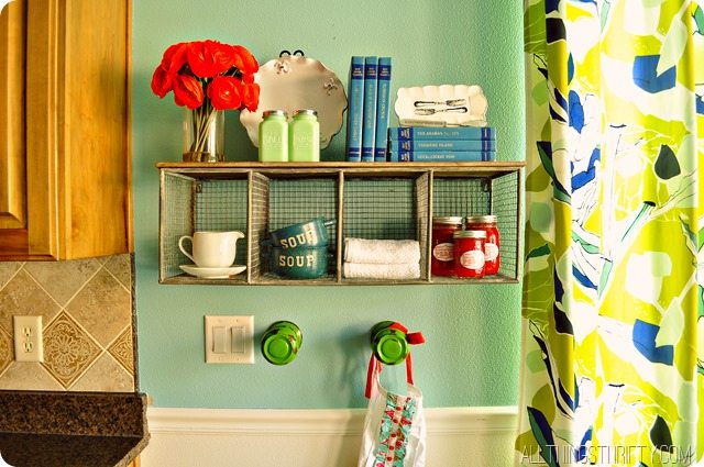 kitchen-shelf-decor-ideas