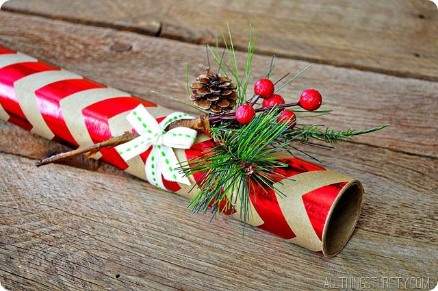 wrapping-paper-christmas-neighbor-gift