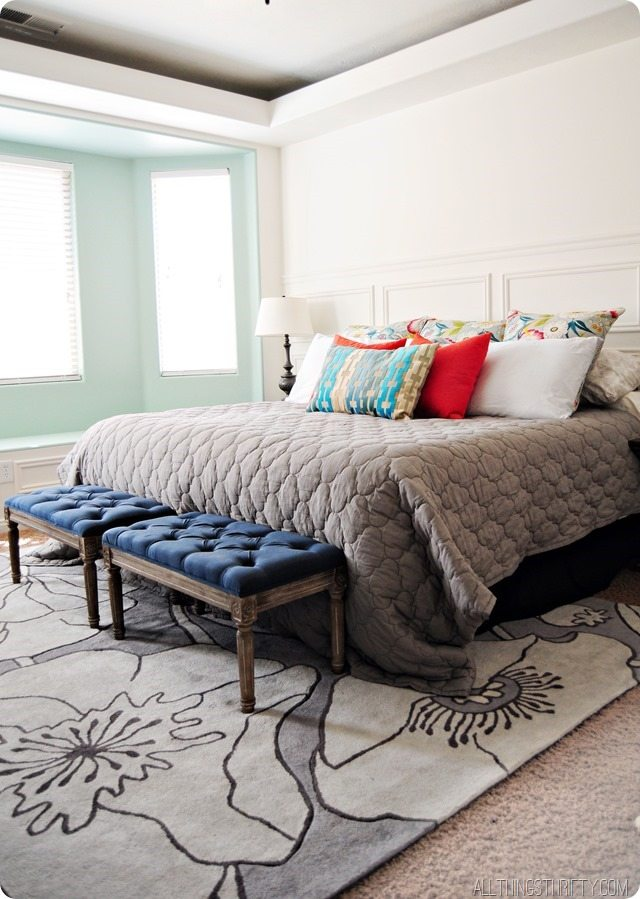 master-bedroom-bedding