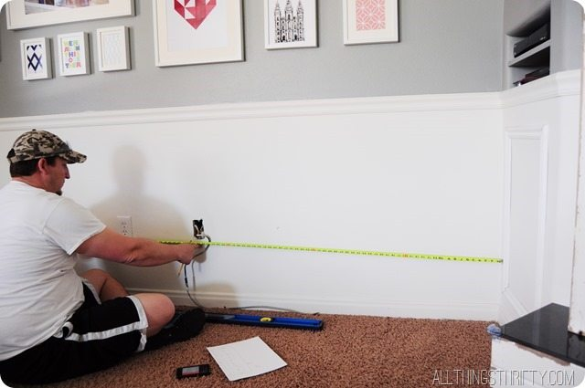 measure-the-wall-for-outlets-and-cable-jacks