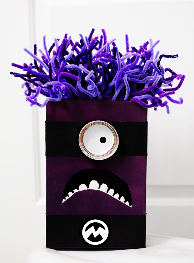 purple-minion-despicable-me-2-valentine-box-all-things-thrifty-small