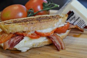 Creamy-Havarti-Garlic-Bacon-Grilled-Cheese-Sandwich-small