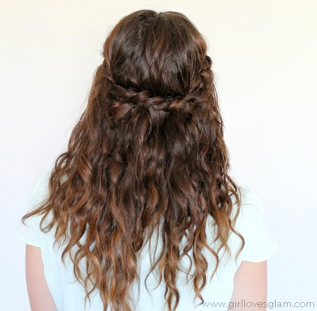 Five minute hairstyle