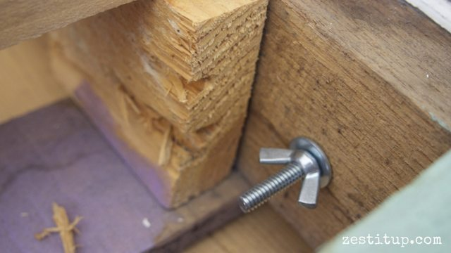 bolts for pallet daybed