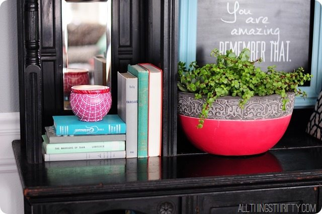 decor-styling-with-books