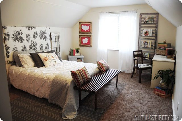 Red-gray-white-bedroom-decor-1