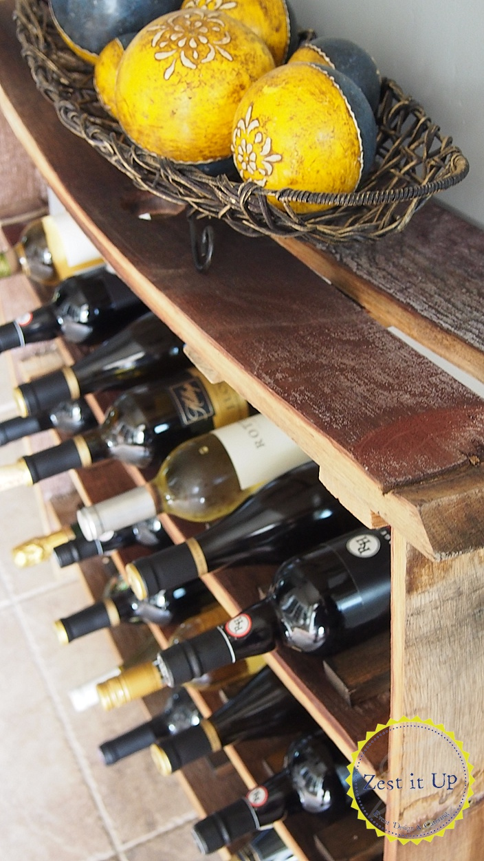Wine_barrel_stave_wine_rack_0077