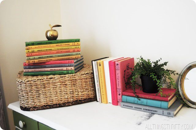 colorful-books-for-decorating