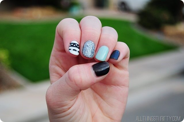 cute-fingernail-polish-ideas-mint-black-white-silver