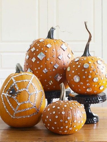 pumpkins-with-rhinestones-1010-s3-imoAKq-large_new