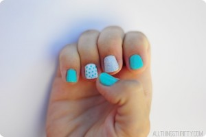 white-turquoise-and-silver-glitter-fingernail-polish-ideas.jpg