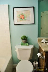 Bathroom Makeover from Yucky Tan to Bright and Airy