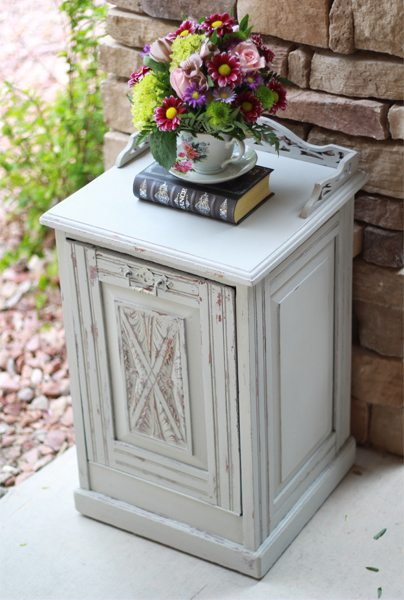 Chalk Paint No Mess Distress Wet Distress Tutorial