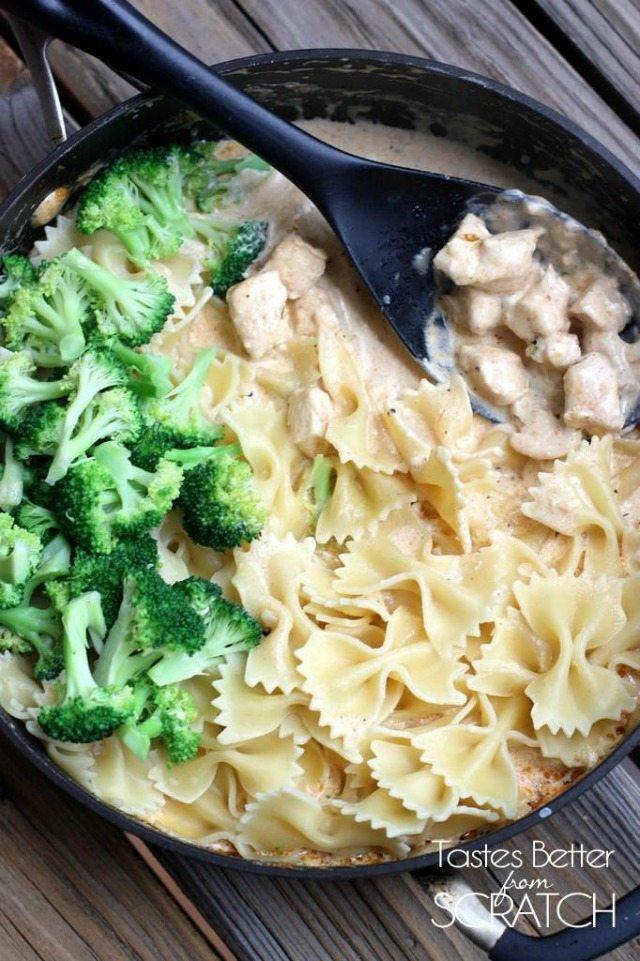 Cajun-Chicken-Alfredo-Pasta2-682x1024