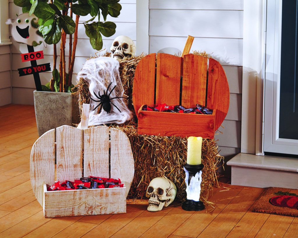 Front Porch for Halloween Trick or Treaters