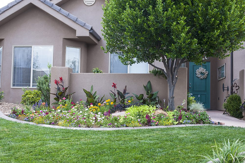 Garden Design: Garden Design With Front Yard Flower Bed Designs