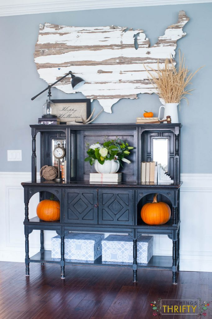 fall decor with corn tassles and pumpkins