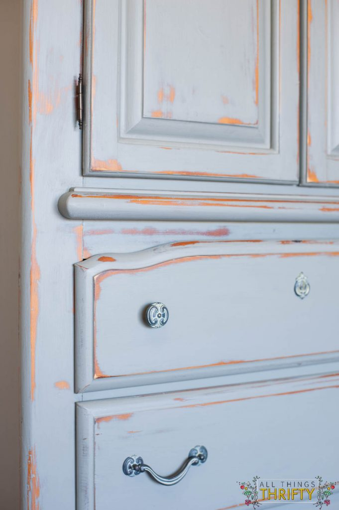 how to paint and distress furniture with chalked paint