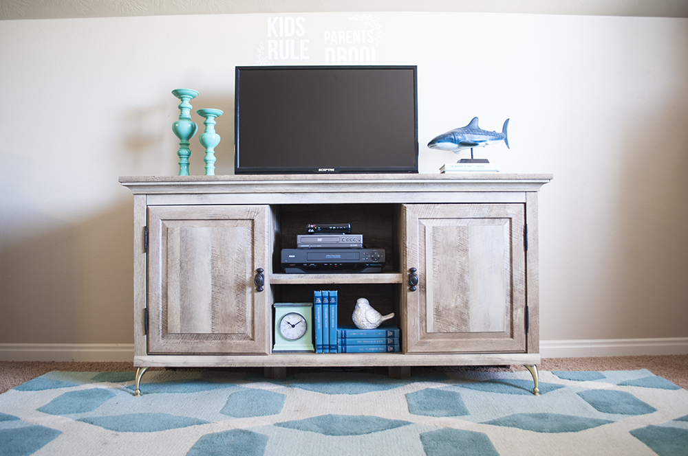 inexpensive-media-console1