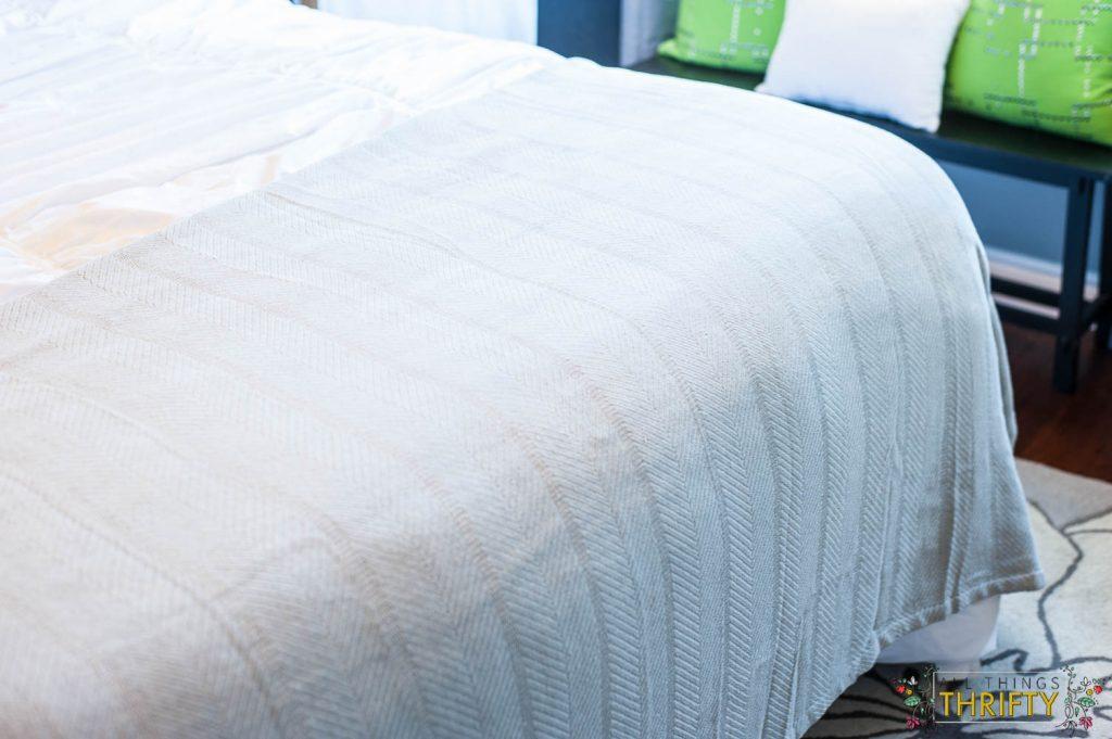 Grey Blanket for Bedrooms