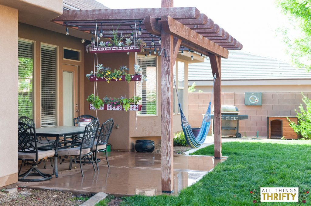 Hanging Rain Gutter Planter-14