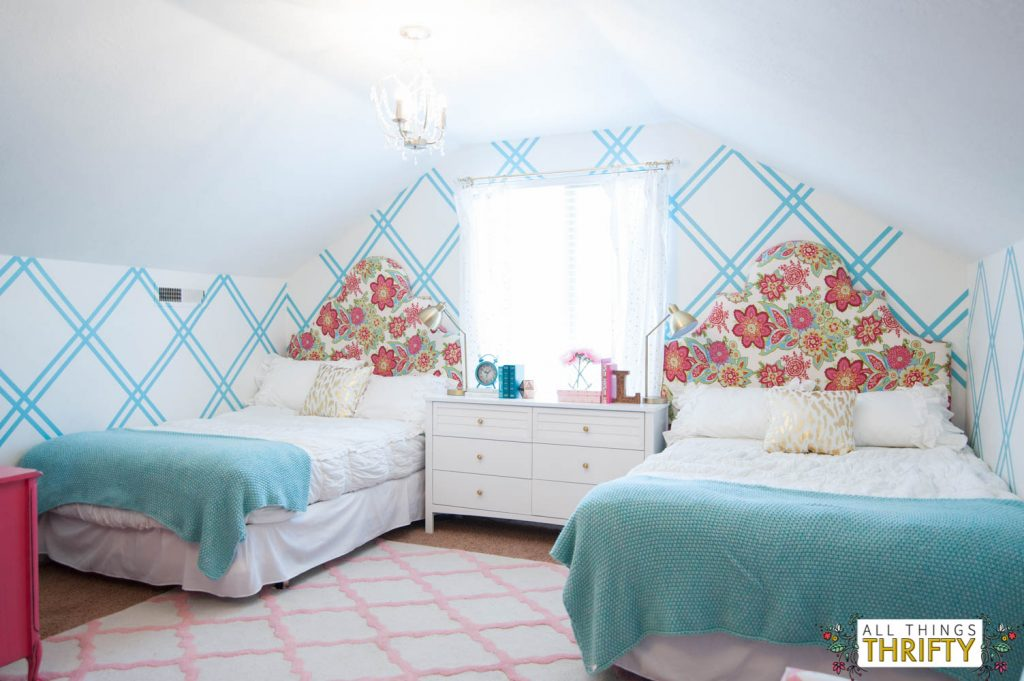 Girls tween bedroom makeover gold turquoise magenta - Things for girls room ...