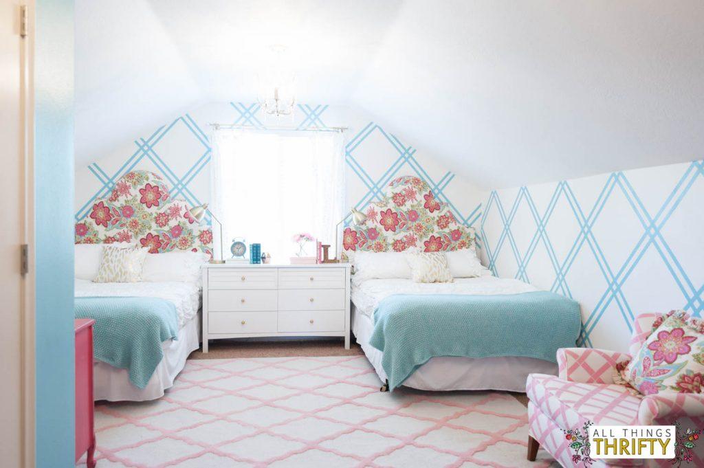 girls tween bedroom makeover {gold, turquoise, magenta, & pink