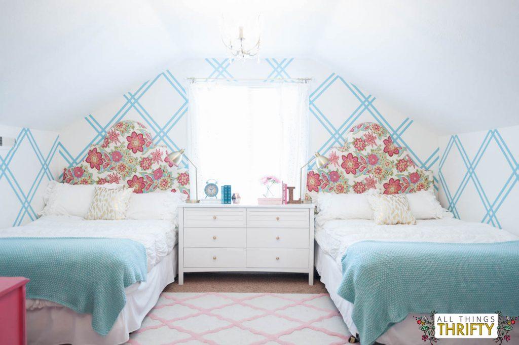 Girl Tween Room Decor Ideas Gold, Pink, Turquoise-3-2