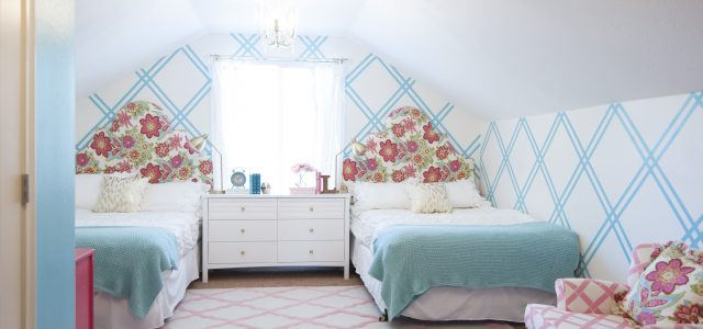 Girls Tween Bedroom Makeover {Gold, Turquoise, Magenta, & Pink}