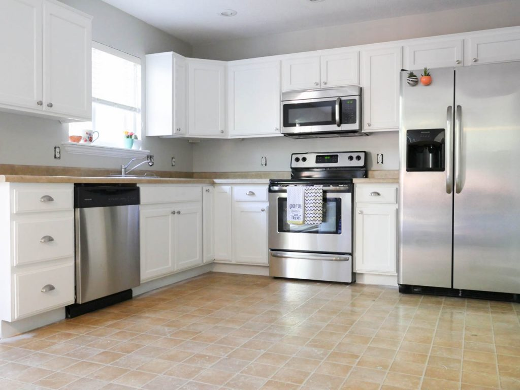 Prepping the wall for a Peel and Stick Backsplash | All Things Thrifty