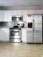 Jo's House: The Kitchen with a Shiny New Backsplash