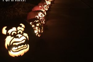 2015 Pumpkin Carving Images by the Ulrichs….and end to a chapter