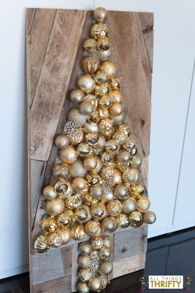 christmas-dih-ornament-tree-1-of-4