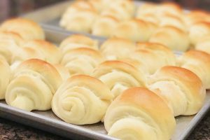 Homemade Rolls in 1 hour Guaranteed