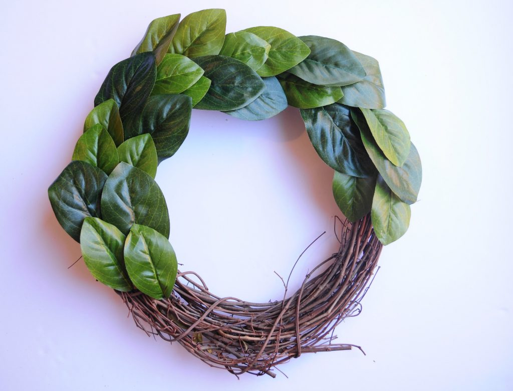 DIY Magnolia Wreath 4