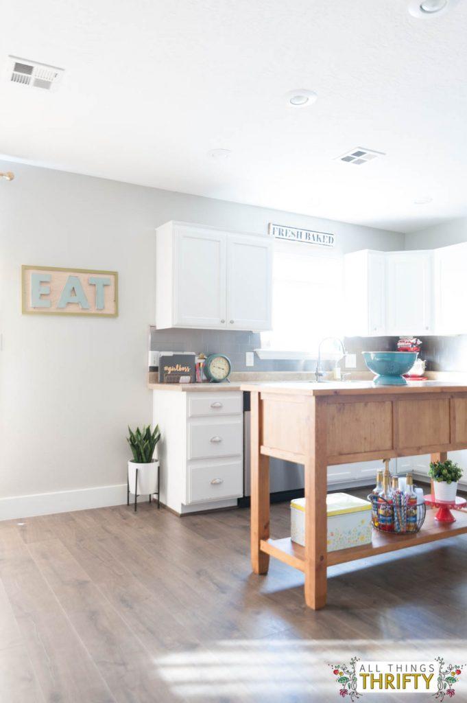 white-kitchen-makeover-quik-step-flooring-13